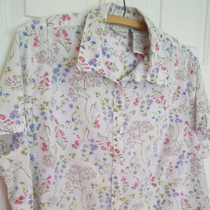 White Stag Floral Button Up Top